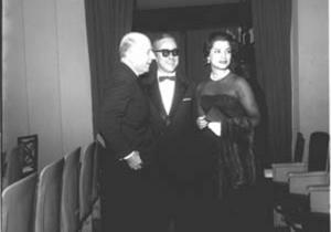 Em Cannes, com Lucia Proença, 1959
