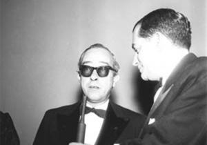 Dando entrevista em Cannes, 1959